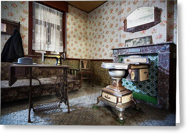 Abandoned Homes Greeting Cards - Forgotten Times - Urban Exploration Greeting Card by Dirk Ercken