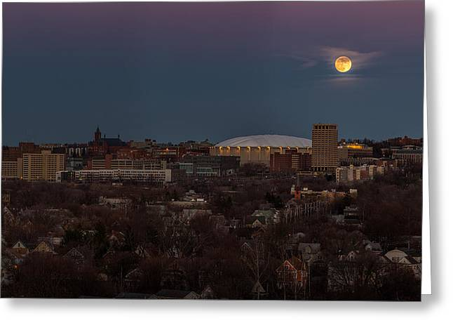 Full Moon Rising Greeting Card by Everet Regal