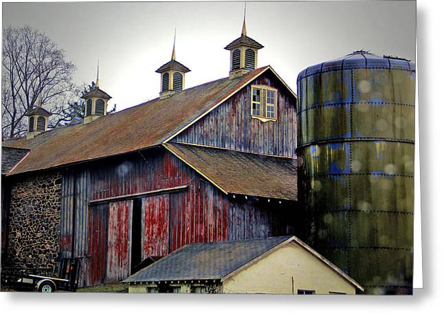 Gentle Rain On A Chadds Ford Barn Greeting Card by Susan Hendrich
