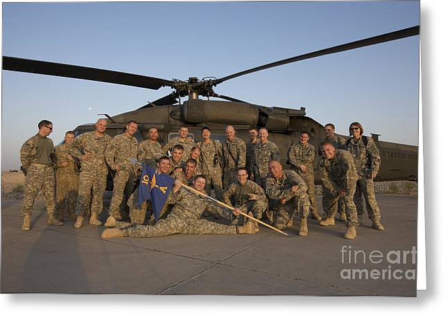 Tikrit Greeting Cards - Group Photo Of U.s. Soldiers In Front Greeting Card by Terry Moore