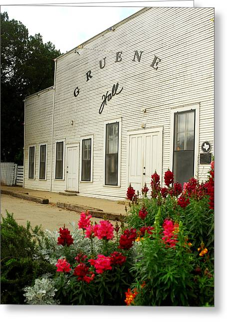 Gruene Hall With Flowers. Greeting Card by Robert Anschutz