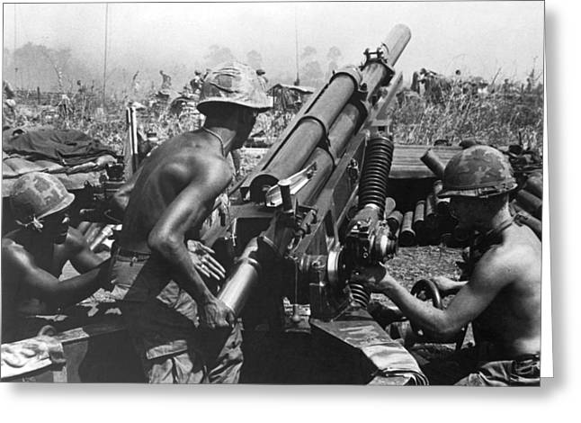 Howitzer Crew In Action Greeting Card by Underwood Archives