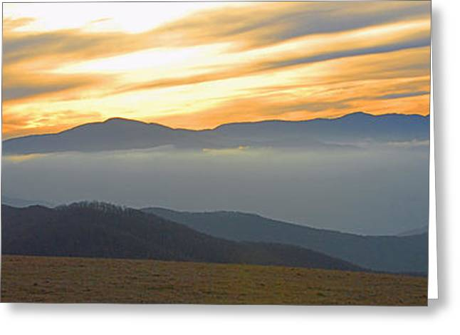 In Awe of the View Greeting Card by Alan Lenk