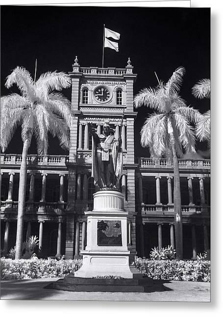 King Kamehameha Statue - Vertical Greeting Card by Sean Davey