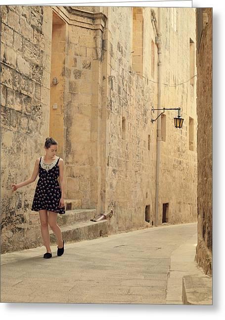 Maltese Streets Greeting Card by Wojciech Zwolinski