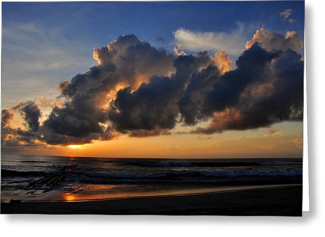 Nags Head Sunrise - C0942b Greeting Card by Paul Lyndon Phillips