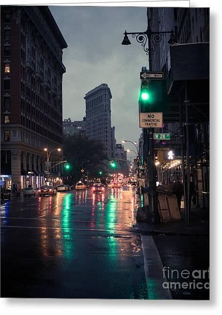 New York At Night Flatiron Greeting Card by John Farnan