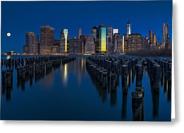 Moon Set Greeting Cards - New York City Moonset Greeting Card by Susan Candelario