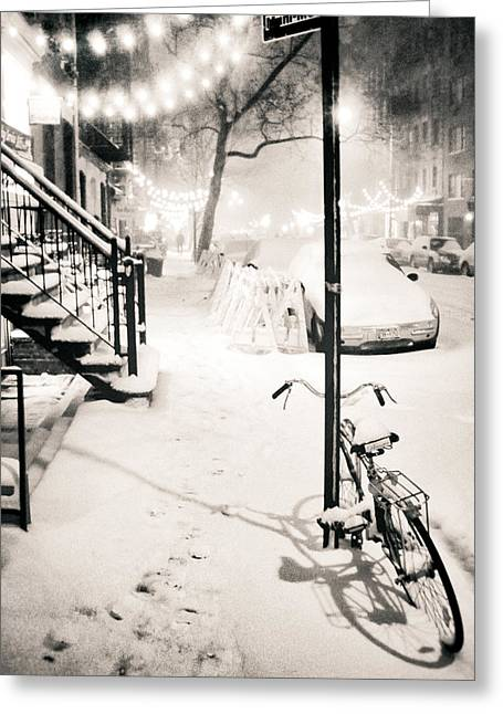Snowstorm Greeting Cards - New York City - Snow Greeting Card by Vivienne Gucwa