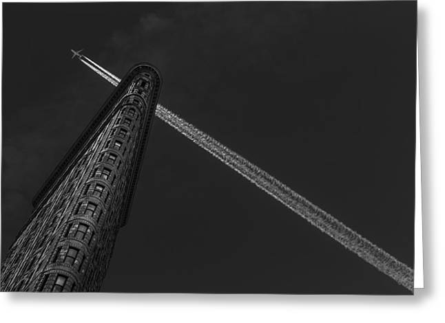 New York - Flatiron Crossing Greeting Card by Michael Jurek