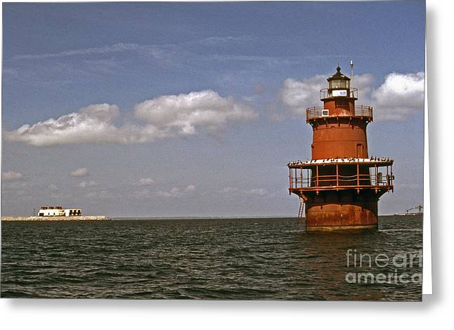 Beach Photos Greeting Cards - Newport News Middle Ground Greeting Card by Skip Willits