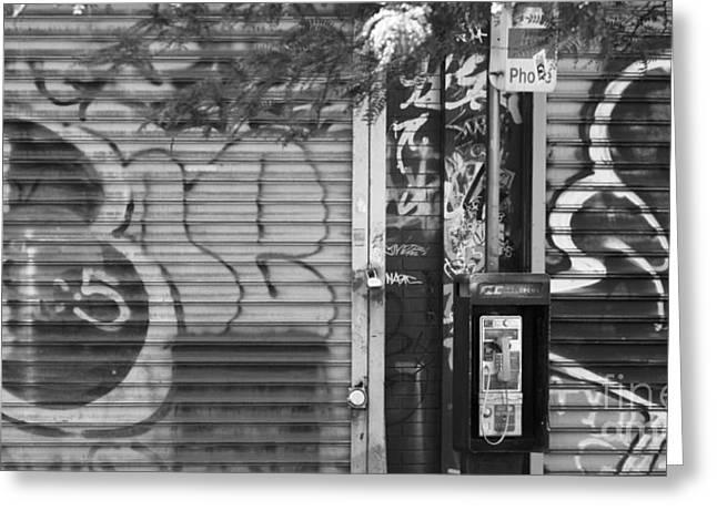 Nyc Graffiti Greeting Cards - NYC Graffiti Blk n Wht Greeting Card by Chuck Kuhn