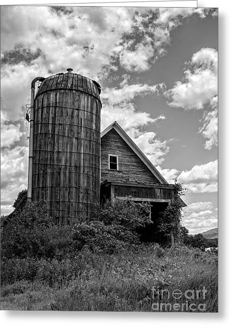 Old Ely Vermont Barn Greeting Card by Edward Fielding