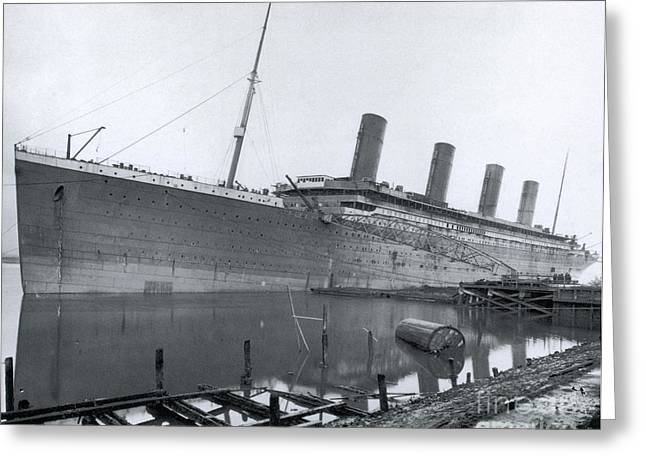 Outfit Greeting Cards - Outfitting The Titanic Greeting Card by Photo Researchers