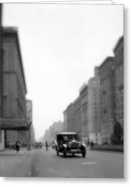 Park Avenue In Ny Greeting Card by Underwood Archives