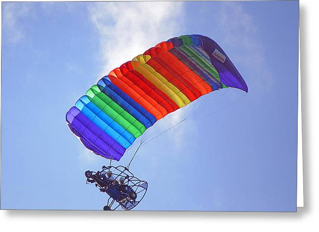Parasail Greeting Cards - Powered Parasailing 1 Greeting Card by Kenneth Albin