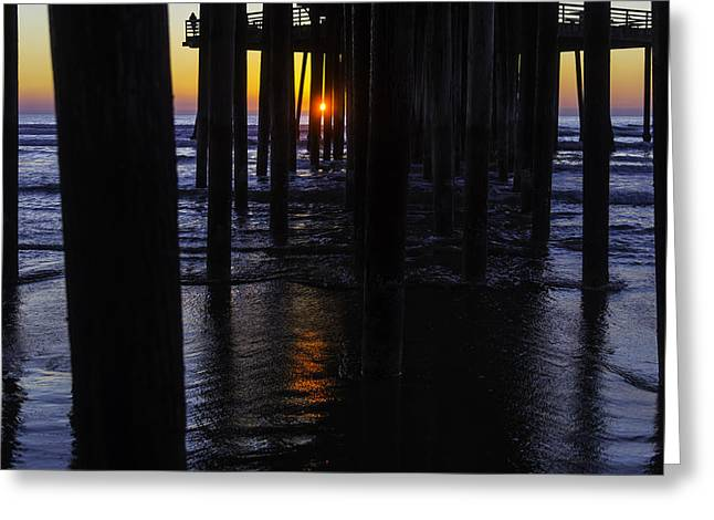 Setting Sun Pismo Beach Greeting Card by Garry Gay