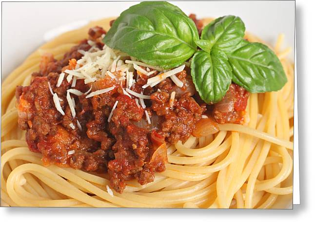 Spaghetti Greeting Cards - Spaghetti bolognese close-up Greeting Card by Paul Cowan