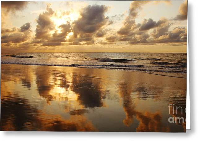 Amazing Sunset Greeting Cards - Sunset at Kamaole Beach Greeting Card by Ron Dahlquist - Printscapes