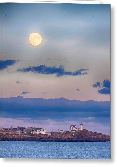 Cape Neddick Lighthouse Greeting Cards - Sunset moonrise on Cape Neddick Greeting Card by Jeff Folger