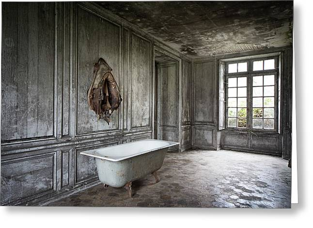 Ghost Castle Greeting Cards - The bathroom tub - urban decay Greeting Card by Dirk Ercken