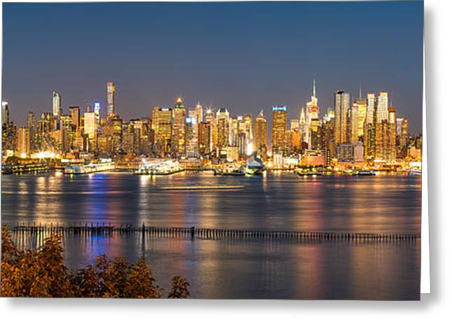 Cityscenes Greeting Cards - The Big Apple Greeting Card by Abe Pacana
