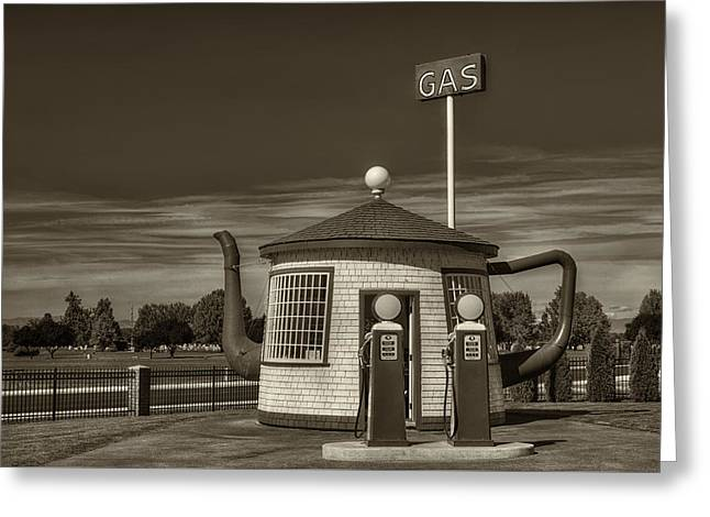 Service Station Greeting Cards - Vintage Gas Station - Zillah Teapot Dome  Greeting Card by Mark Kiver