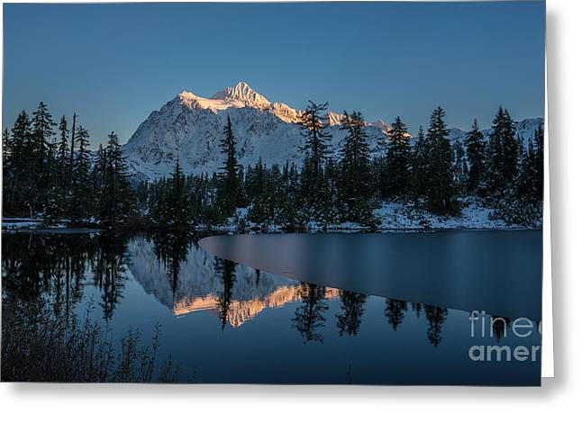 Wide Shuksans Last Light Reflected Greeting Card by Mike Reid