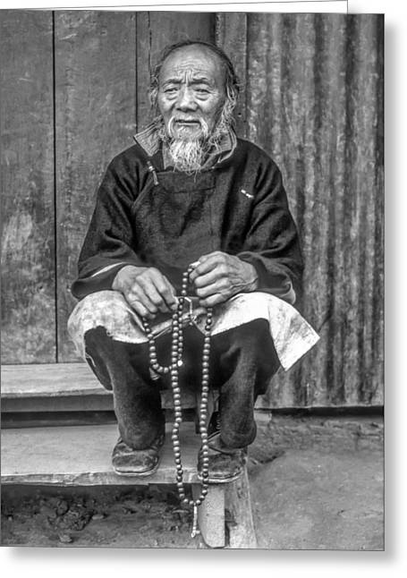 Prayer Beads Greeting Cards - Working Hands bw Greeting Card by Steve Harrington