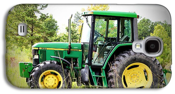 Machinery Galaxy S4 Cases -  Deere Sighting  Galaxy S4 Case by Cynthia Guinn