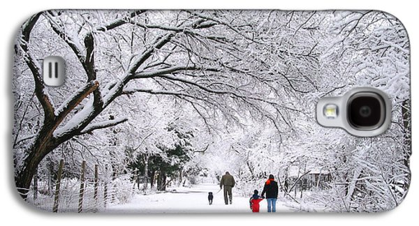 Family Walks Galaxy S4 Cases -  Family Walk in the Snow Galaxy S4 Case by David and Carol Kelly