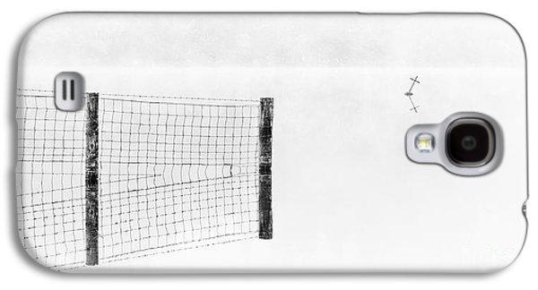 Scotland Galaxy S4 Cases -  Fence and marker Loch Ard Galaxy S4 Case by Janet Burdon