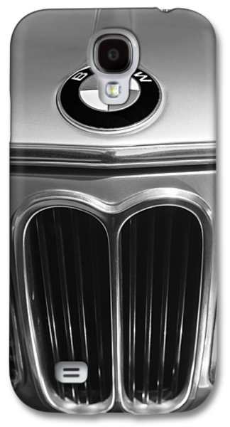 Transportation Photographs Galaxy S4 Cases - 1972 BMW 2000 TII Touring Grille Emblem Galaxy S4 Case by Jill Reger