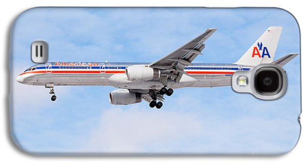 Airliner Galaxy S4 Cases - Amercian Airlines Boeing 757 Airplane Landing Galaxy S4 Case by Paul Velgos