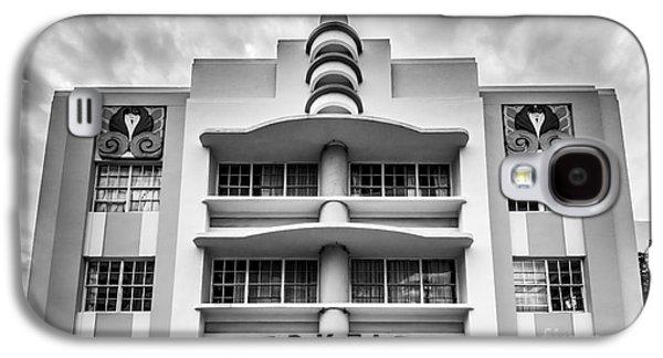 Miami Photographs Galaxy S4 Cases - Berkeley Shores Hotel  2 - South Beach - Miami - Florida - Black and White Galaxy S4 Case by Ian Monk