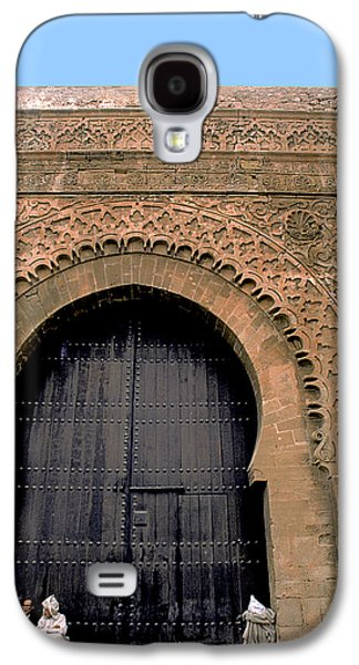 Rabat Photographs Galaxy S4 Cases - Big Door in Rabat Galaxy S4 Case by Carl Purcell