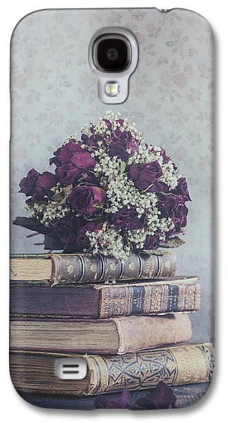 Creepy Galaxy S4 Cases - Bridal Bouquet Galaxy S4 Case by Joana Kruse