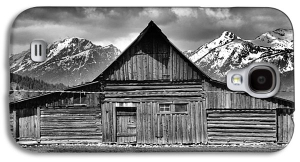 In The Shade Galaxy S4 Cases - John Moulton Barn And Teton Range Galaxy S4 Case by Dan Sproul
