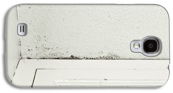 Torn Galaxy S4 Cases - Ceiling damp Galaxy S4 Case by Tom Gowanlock
