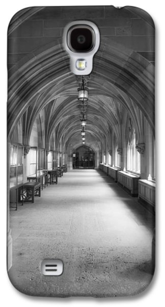Sterling Galaxy S4 Cases - Cloister Hallway Inside Sterling Memorial Library - Yale University Galaxy S4 Case by Mountain Dreams