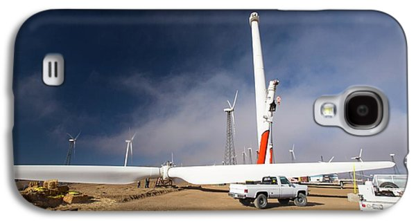 Construction Work At The Tehachapi Pass Galaxy S4 Case by Ashley Cooper