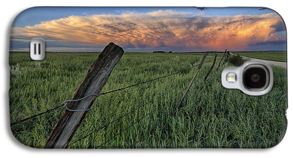Pasture Scenes Photographs Galaxy S4 Cases - Distant Color Galaxy S4 Case by Thomas Zimmerman