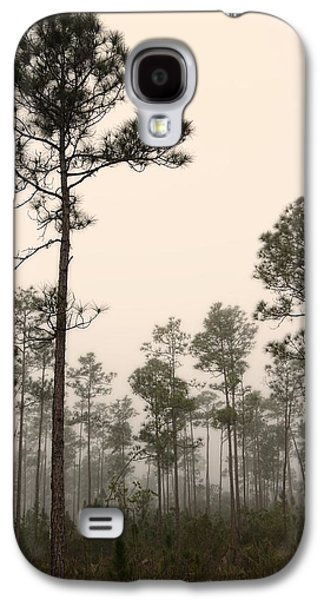 Slash Galaxy S4 Cases - Early morning fog Landscape-2 Galaxy S4 Case by Rudy Umans