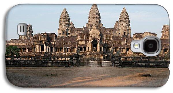 Facade Of A Temple, Angkor Wat, Angkor Galaxy S4 Case by Panoramic Images