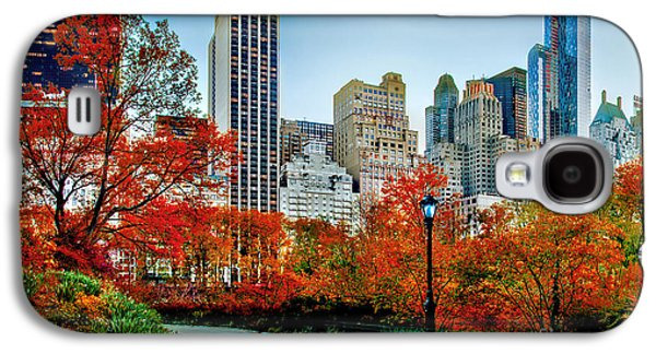 Midtown Galaxy S4 Cases - Fall In Central Park Galaxy S4 Case by Az Jackson