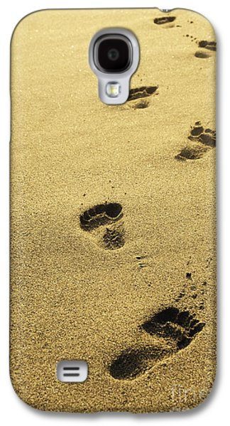 Print Pyrography Galaxy S4 Cases - Footprints in the sand Galaxy S4 Case by Jelena Jovanovic