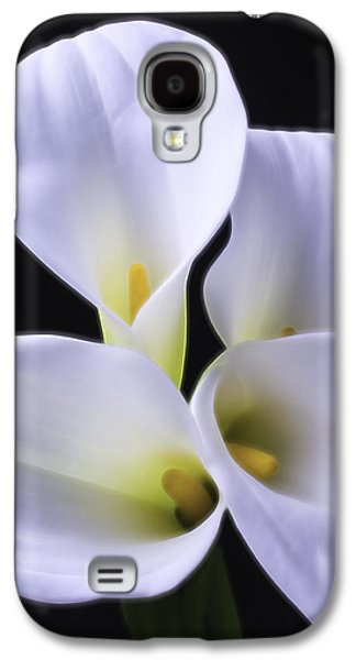 Graphic Photographs Galaxy S4 Cases - Four Calla Lilies Galaxy S4 Case by Garry Gay