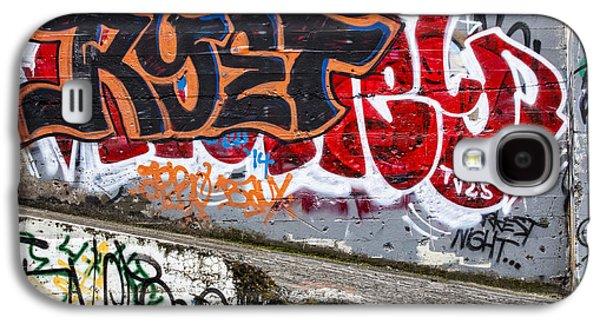 Urban Photographs Galaxy S4 Cases - Graffiti Galaxy S4 Case by Carol Leigh