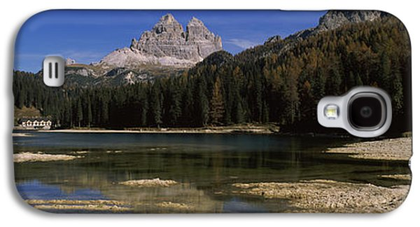 Reflections Of Sky In Water Galaxy S4 Cases - Lake With A Mountain Range Galaxy S4 Case by Panoramic Images