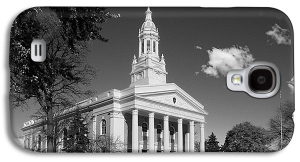 Appleton Photographs Galaxy S4 Cases - Lawrence University Memorial Chapel Galaxy S4 Case by University Icons